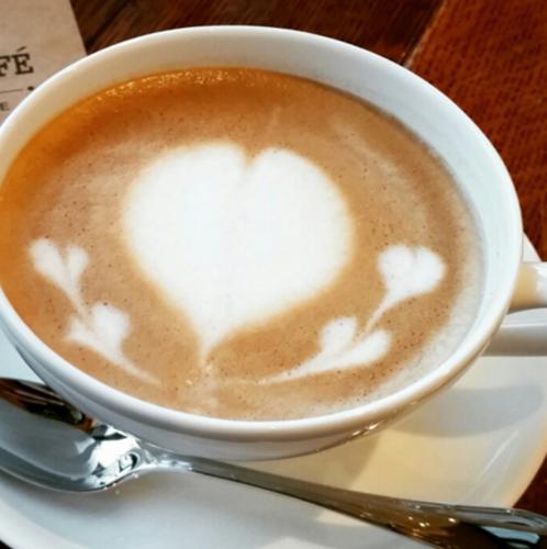 VINTAGE CAFE2